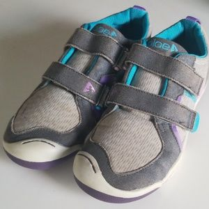 Plae Girls Shoes Size 1.5 Youth Velcro